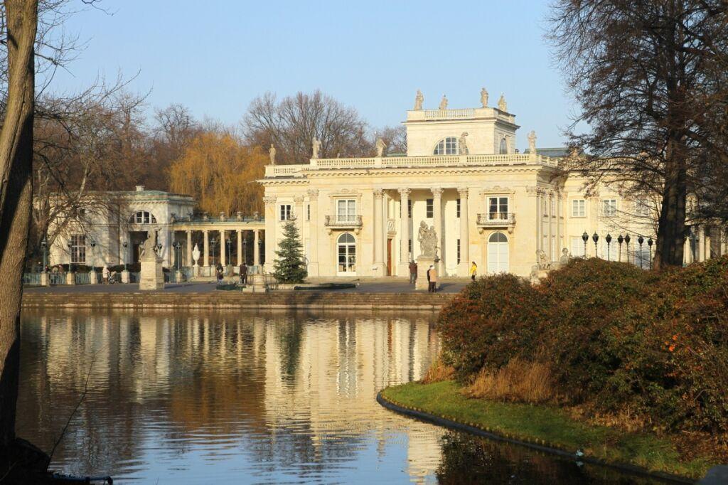 Zwiedź Zamek Królewski łazienki I Wilanów Za Darmo