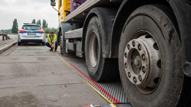 Podsumowali kontrole ciężarówek. Ponad cztery miliony złotych kar