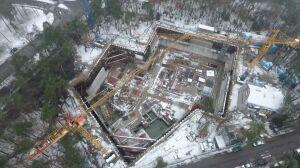 Budowa Muzeum Piłsudskiego pod wodą. Nie zdążą na stulecie?