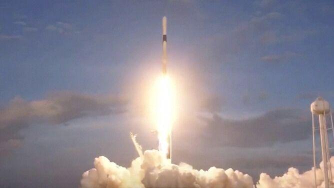 Falcon 9 w końcu wystartowała. <br />Za piątym razem