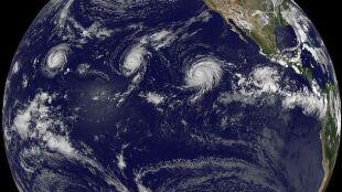 Trzy potężne huragany jednocześnie wędrują po Pacyfiku