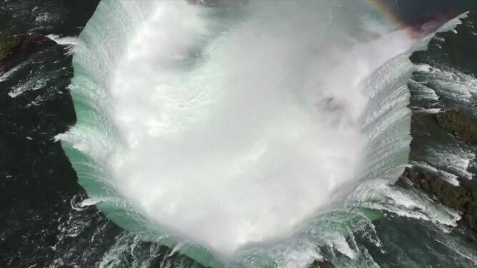 Wodospad Niagara z zupełnie nowej perspektywy. Zobacz fascynujący film